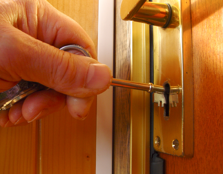 Clues for Hiring a Good Locksmith